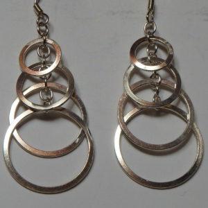 Boucles d'oreilles anneaux chevauchés